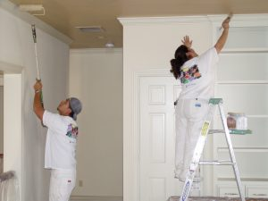 6 guiding factors to use when hiring an interior painter beauty